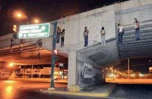 Zetas Informants Hanged in Neuvo Laredo Across the Border of Laredo, Texas